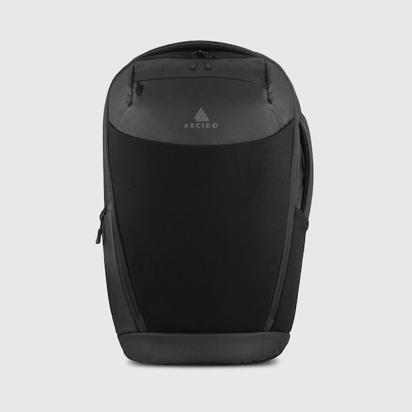 Cestovní batoh Oxna černá barva přední strana