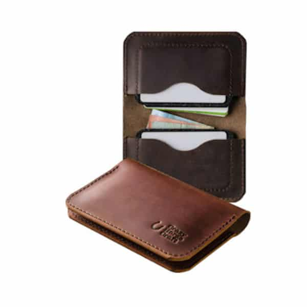Peněženka na karty z kůže