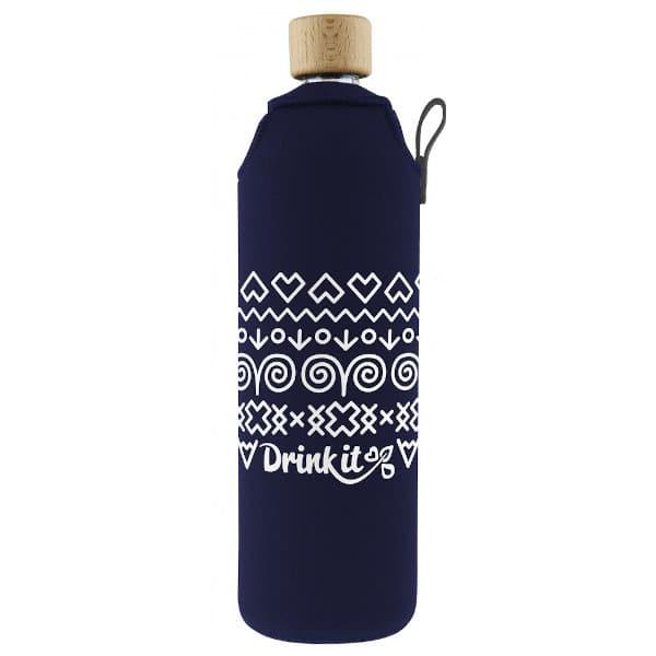 Skleněná láhev na pití v neoprenovém obalu Drinkit modrá s bílými motivy 700 ml