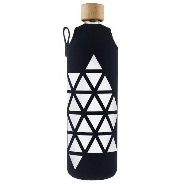 Skleněná láhev na pití v neoprenovém obalu Drinkit černá s bílým trojúhelníkem 700 ml