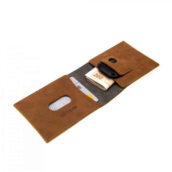 malá peněženka na karty s trackerem