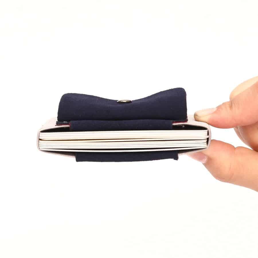 Slim peněženka na mince světlá