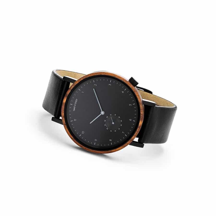 pánské hodinky James ze dřeva